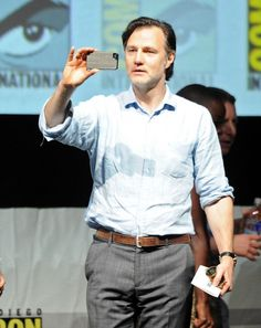 """Comic-Con 2013: The Walking Dead Panel Actor David Morrissey speaks onstage at AMC's """"The Walking Dead"""" panel during Comic-Con International 2013 at San Diego Convention Center on July 19, 2013 in San Diego, California. (Photo by Kevin Winter/Getty Images)"""