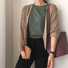 65 trendy moda casual mujer ideas summer outfits The post 65 trendy moda casual mujer ideas summer outfits appeared first on Casual Outfits. Look Fashion, Hijab Fashion, Fashion Outfits, Dress Fashion, Fashion Ideas, Trendy Fashion, Korean Fashion Work, Fashion Hats, Fall Fashion