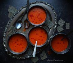 Halloween Dinner, Halloween Treats, Halloween Foods, Halloween Recipe, Roasted Tomatoes, Roasted Garlic, How To Thicken Soup, Spooky Food, Black Food