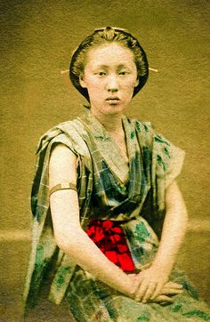 Rough-and-Tumble Woman 1880s  Denbouhada no Onna (a rough-and-tumble woman) is a woman who resorts to bold measures (i.e. a prostitute). She is wearing a type of yukata (cotton kimono) with the sleeves folded back, together with an armband that signifies a proud and talented woman who may turn down even great men.