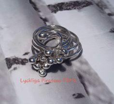 Ringar i 925 sterling silver från Lyckliga Piratens Pärla.