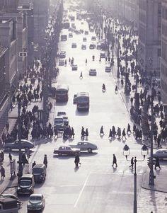 Zbyszko Siemaszko, ulica Świętokrzyska od strony ulicy Mikołaja Kopernika w kierunku ulicy Marszałkowskiej, między 1960 a 1965, fot. ze zbiorów Narodowego Archiwum Cyfrowego (NAC) - photo 27