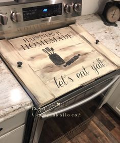 Kitchen Stove, Red Kitchen, Kitchen Redo, Kitchen Ideas, Wooden Stove Top Covers, Stove Covers, Happiness Is Homemade, Diy Wood Stove, Stove Board