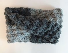 Hey, I found this really awesome Etsy listing at https://www.etsy.com/listing/172249078/chunky-crochet-scarf-cowl-scarflette