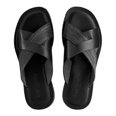 Subtle slider Fab Slide will add a sartorial flair to any warm weather wardrobe this season. This sandal starts life in Tuscany and is expertly handcrafted from interwoven black calf leather and dark grey grosgrain fabric. A leather footbed ensures com Leather Loafer Shoes, Leather Slippers, Mens Slippers, Leather Men, Black Leather, American Eagle Shoes, African Attire For Men, Cowboy Boots Women, Cowgirl Boots