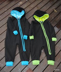 Children´s fleece jumpsuits with jersey lining