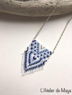 Collier Modèle QUETZAL avec perles Miyuki delicas 11/0 ...   100% fait main , modèle inventé et tissé entièrement à la main !  Composition : - Perles : Bleu nuit , Bleu p - 19889786