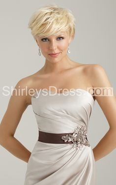 Elegant Dress With Rhinestones and Appliques