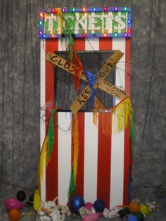 creapy canival ticket booth carnival | ticket booth closed ticket booth great for halloween haunted carnival ...