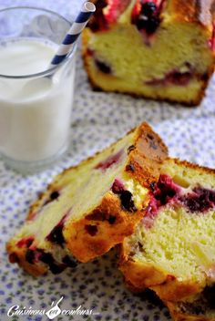 Cuisinons en Couleurs: Cake aux pommes et aux fruits rouges