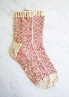 Pixel stitch socks - free knitting pattern by Purl Bee Purl Bee, Knitting Stitches, Knitting Patterns Free, Free Knitting, Knitting Socks, Stitch Patterns, Simple Knitting, Knitting Machine, Vintage Knitting