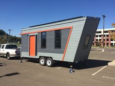 A net-zero tiny solar house. Winner of the Best Architecture award at the 2016 Sacramento Municipal Utility District (SMUD) Tiny House Competition. Tiny Mobile House, Off Grid Tiny House, Tiny House On Wheels, Mobile Home, Mobile Living, Tiny Houses For Sale, Little Houses, Small Houses, Granny Pod