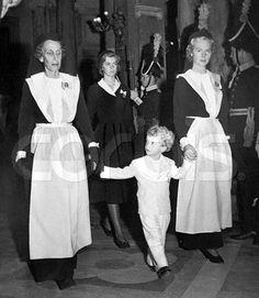 med drottning Louise, Carl Gustaf 2 nov 1950.