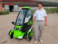 Bravo Motors eTrike - The Bravo Motors eTrike is a new Russian pod car that could revolutionize how those from the Motherland travel. The trike is powered by electricity. Best Electric Car, Electric Cars, Electric Transportation, Adult Tricycle, Electric Tricycle, Solar Car, Microcar, Reverse Trike, Cute Cars