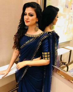 Find your modern avatar with our collection of designer blouse front neck and sleeves designs with your designer saree! Kolkata, Sari Bluse, Saree Jackets, Saree Blouse Neck Designs, Blouse Patterns, Saree Trends, Stylish Sarees, Chiffon, Saree Look
