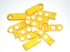 LEGO 10 Yellow Technic Axle and Pin Connectors Perpendicular 3L 2 Pin Hole 42009 #LEGO
