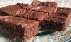 Wunderbarer Nescafé Kuchen mit Schokoglasur - mostly sweets ! Chocolate Cake Icing, Chocolate Glaze, Food Cakes, Low Crab Meals, Cake & Co, Nescafe, Cheesecake Recipes, Cake Cookies, Food And Drink