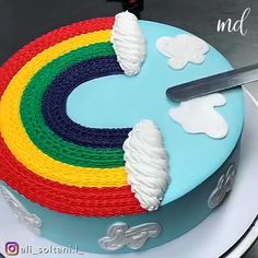 Cake Decorating Frosting, Cake Decorating Designs, Creative Cake Decorating, Cake Decorating Techniques, Cake Decorating Tutorials, Creative Cakes, Cake Designs, Wedding Cakes With Flowers, Flower Cakes