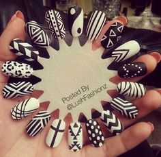 Simple Black And White Nail Art Designs Picture schne schwarz wei muster weie nageldesigns se Simple Black And White Nail Art Designs. Here is Simple Black And White Nail Art Designs Picture for you. Simple Black And White Nail Art Designs blac. Black And White Nail Designs, Black And White Nail Art, Matte Black, Black Glitter, Black Nails, Blue Nail, Metallic Nails, Nail Polish Designs, Cute Nail Designs