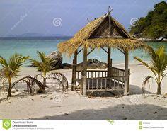 Massagebett am Strand