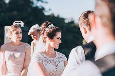 ♥ Carly Dowling | Tulle - Acessórios para noivas e festa. Arranjos, Casquetes…