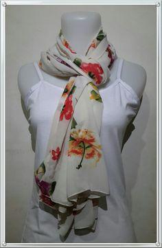 "Vintage ""Zi"" scarf"