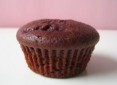 """""""Sunne"""" muffins (sjokoladesmak) - http://www.matbok.no/sunne-muffins/"""