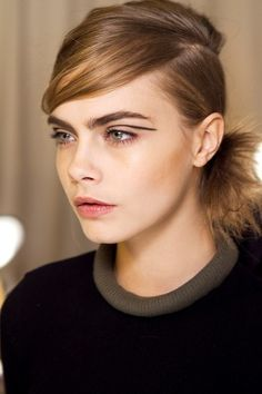 Thick Eyebrow Trend For Fall 2013