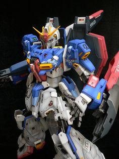 PG 1/60 Zeta Gundam Modeled by Terry Wong