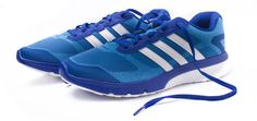 Adidas de People Play's $229.900 Adidas Sneakers, Play, Shoes, Fashion, Shoes Sneakers, Sports, Salud, Adidas Tennis Wear, Moda