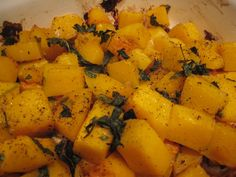 5 Favorite Butternut Squash Recipes- hooray for fall! We had the garlicky baked butternut squash with dinner tonight, a favorite. (Canned Squash Recipes) Veggie Dishes, Vegetable Recipes, Vegetarian Recipes, Cooking Recipes, Healthy Recipes, Tasty Meals, Yummy Recipes, Baked Butternut Squash, Side Dish Recipes