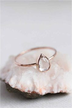 Attractive Simple And Minimalist Engagement Ring You Want To https://bridalore.com/2017/12/15/simple-and-minimalist-engagement-ring-you-want-to/ #weddingring
