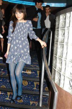 Hot Celebrities in Pantyhose - Zooey Deschanel - #hosiery