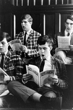 Ivy league men in madras sportcoats 1950s Outfits, Sporty Outfits, Vintage Outfits, Sporty Clothes, 1950s Casual Clothing, Mens Clothing Styles, Men's Clothing, Estilo Ivy, 1950s Aesthetic