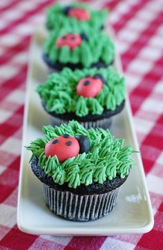 The cutest little lady bug cupcakes! via @Bakeat350tweets