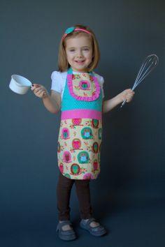 PiePie Designs: DIY Child's Apron: The PiePie Apron! with Printable Kids' Apron Pattern