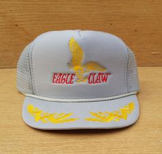 f0a6b3745 Vintage Snapback Mesh Trucker Hat - Eagle Embroidered Cap