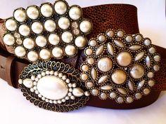 Muito amor por essa coleção de pérolas ! www.cintosexclusivos.com.br  #cintos #moda #acessórios #acessoriosfemininos