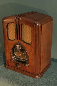 Radio similar to the one at my grandparents house.