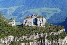 Pedra Furada Urubici Santa Catarina - Brasil