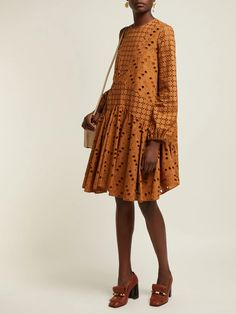 Iranian Women Fashion, Pakistani Fashion Casual, African Fashion, Simple Dresses, Casual Dresses, Fashion Dresses, Summer Dresses, Fashion Corner, Cozy Fashion