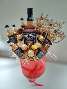 Diy Birthday Gifts For Him, Father Birthday Gifts, Diy Gifts For Dad, Diy Gift Box, Liquor Bouquet, Food Bouquet, Gift Bouquet, Man Bouquet, Bff Christmas Gifts