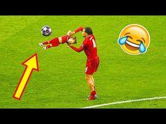 Funny Soccer Fails, Soccer Gifs, Funny Fails, Ronaldo Goals, Messi Goals, Football Hits, Football Drills, Challenges Funny, Soccer Skills