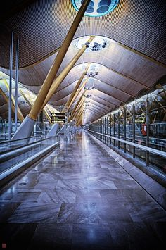 I heart airports. And people-watching. This is Madrids airport. Been there and it's beautiful!!!