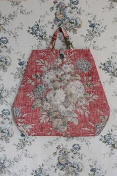 beautiful considered floral collection for Autumn/Winter arrives in The Linen Garden today. Twice yearly a collection is gathered - . Fall Winter, Autumn, Fabric Bags, Bago, Winter Collection, Textiles, Sewing, Floral, Projects