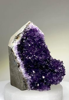 Amethyst Cluster, Amethyst Crystal, Purple Amethyst, Crystal Cluster, Minerals And Gemstones, Rocks And Minerals, Raw Gemstones, Crystal Healing Stones, Stones And Crystals