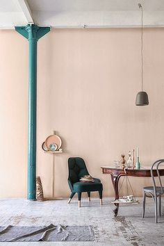 Color Schemes: The Best Paint Shades to Complement Light Pink pink color complement - Pink Things Color Inspiration, Interior Inspiration, Design Apartment, Apartment Therapy, Deco Rose, Sweet Home, Pink Color Schemes, Paint Shades, Pink Walls