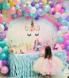 Girl Birthday Decorations, Girl Birthday Themes, Balloon Decorations Party, Birthday Ideas, Unicorn Themed Birthday Party, Unicorn Birthday Parties, Unicorn Party Decor, 5th Birthday, Jasmin Party