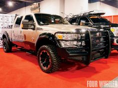 129_1105_20_o+129_1105_highlights_from_the_2010_sema_show+ranch_hand_ford_super_duty_truck.jpg 660×495 pixels
