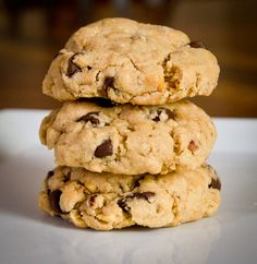 Triple threat: chocolate, oats, peanut butter... yumm:)